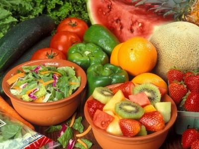 Goûter à un fruit ou légume nouveau