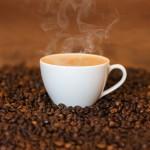 Remplacer le lait de vache par du lait d'amandes dans son café